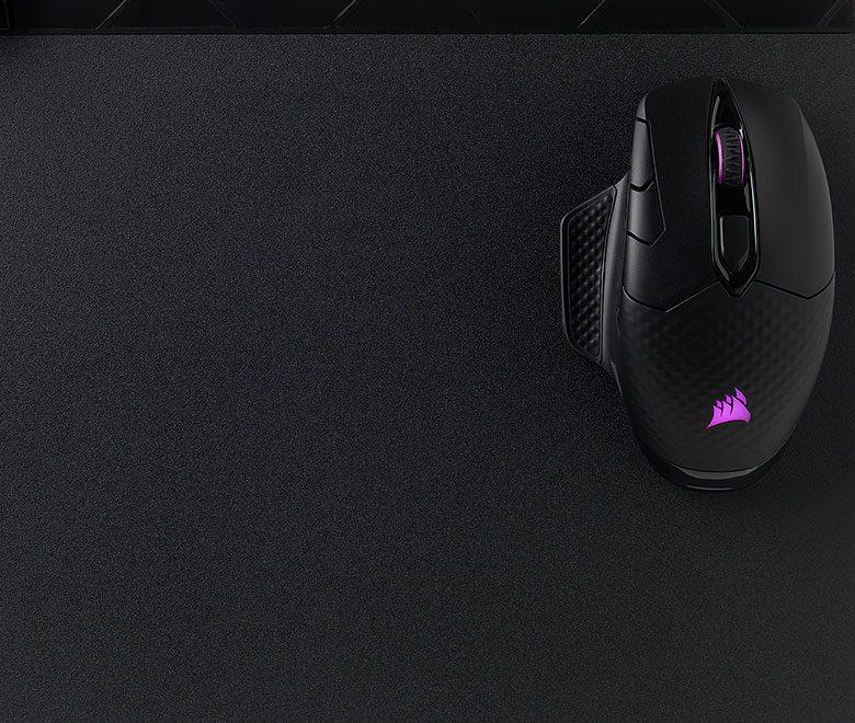 Corsair MM1000 Kablosuz Şarj Özellikli Gaming Mouse Pad