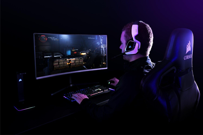 Corsair Void Elite RGB 7.1 Beyaz Kablosuz Gaming Kulaklık